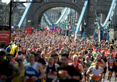 Tower Bridge awesome atmosphere & supporters